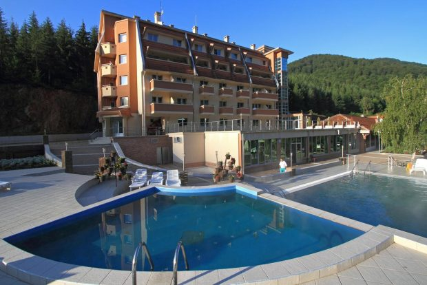 За 3 март в спа курорта Луковска баня-285лв.